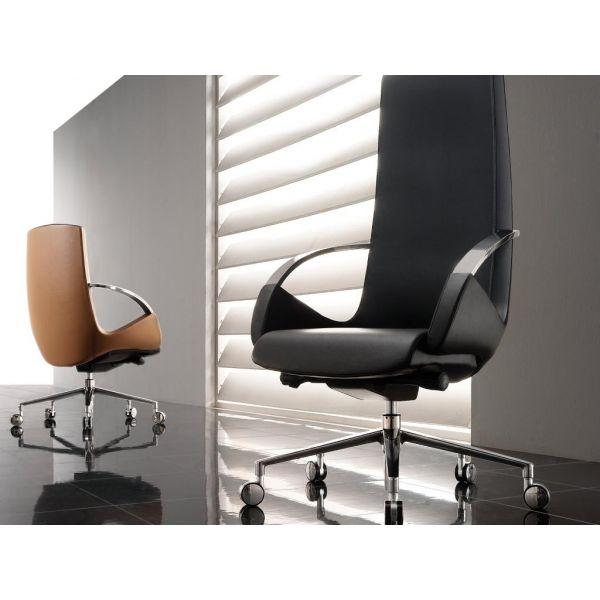 Poltrona direzionale design more su ruote sedia ufficio for Design sedia ufficio