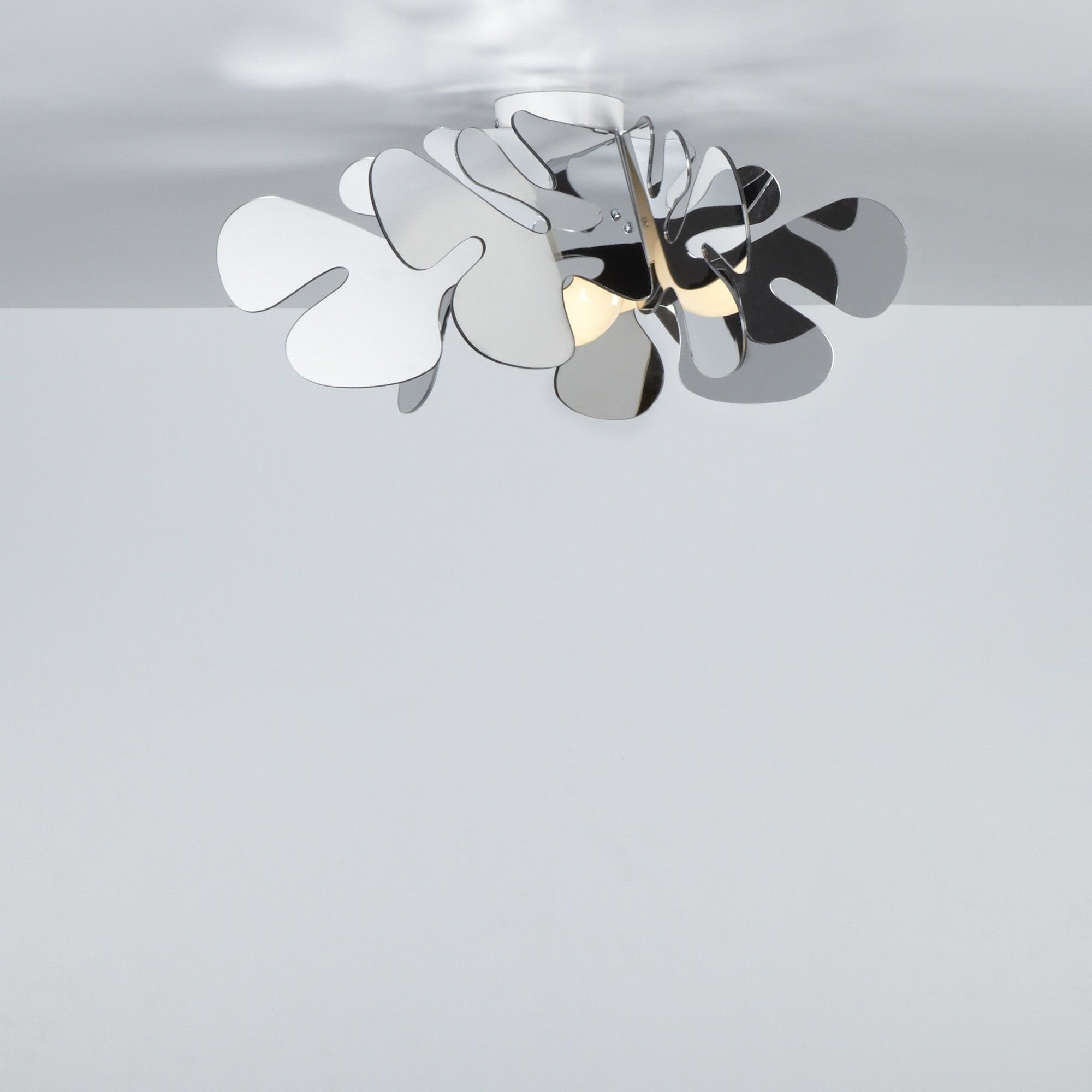 Plafoniera design da soffitto in plexiglass aralia cromo - Lampade da soffitto design ...