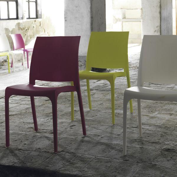 Sedia impilabile in polipropilene luck per arredo cucina soggiorno vari colori ebay - Sedia polipropilene impilabile ...