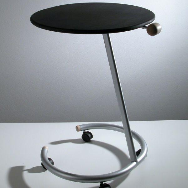 Tavolino laterale divano con ruote in acciaio e legno Trottolo