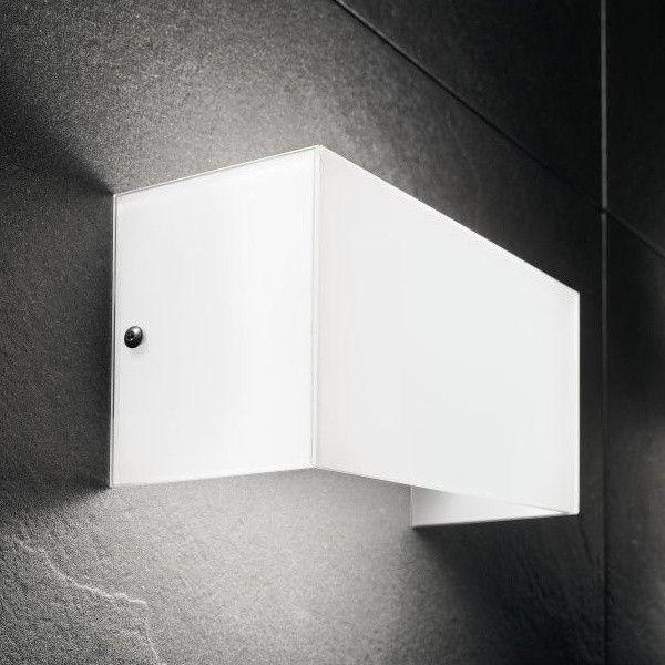Applique a LED moderna da parete in vetro bianco Compact D321