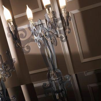 Epoca lampada da tavolo in plexiglass a forma di candeliere