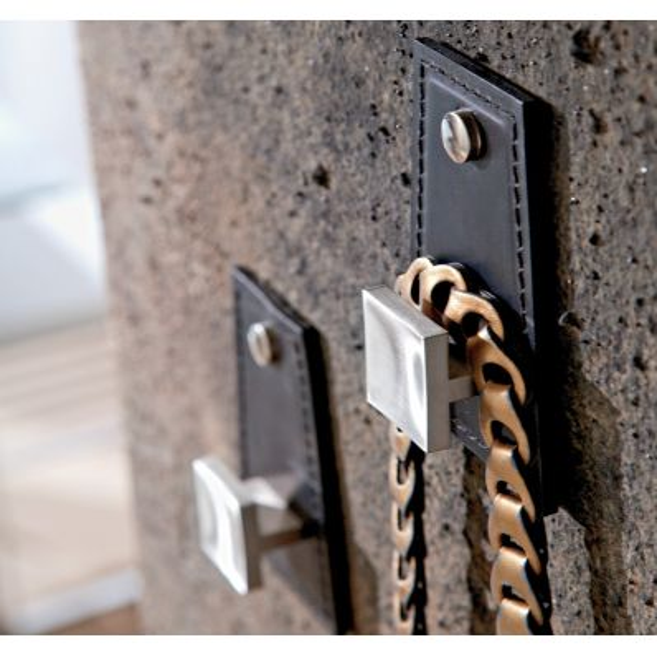 Appendiabiti da parete in pelle design moderno Maia