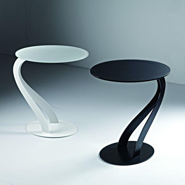 Tavolino da salotto lato divano swan in acciaio e vetro for Tavolino salotto nero