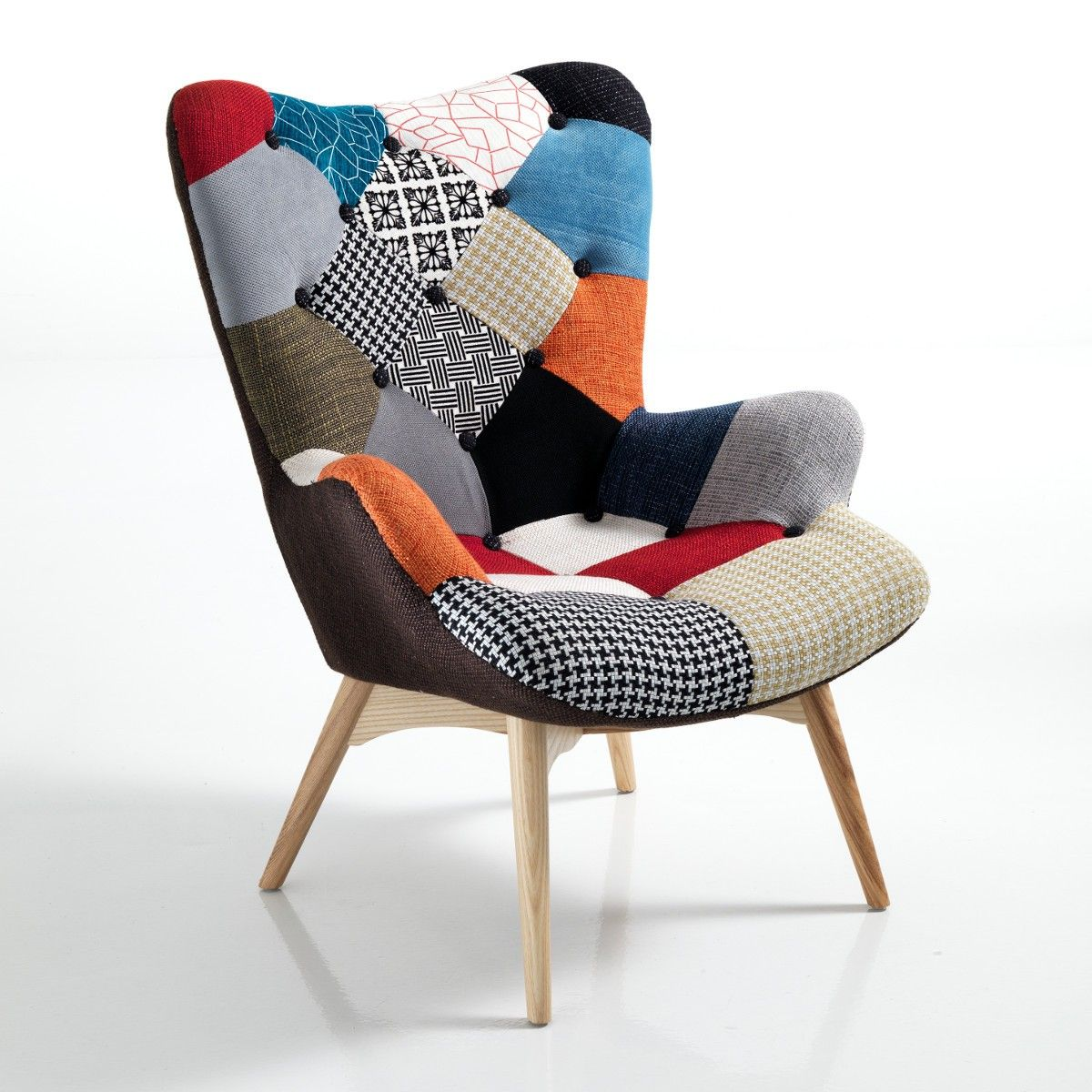 Poltroncina patchwork colormix in tessuto multicolor e gambe in massello - Poltrone da camera ...