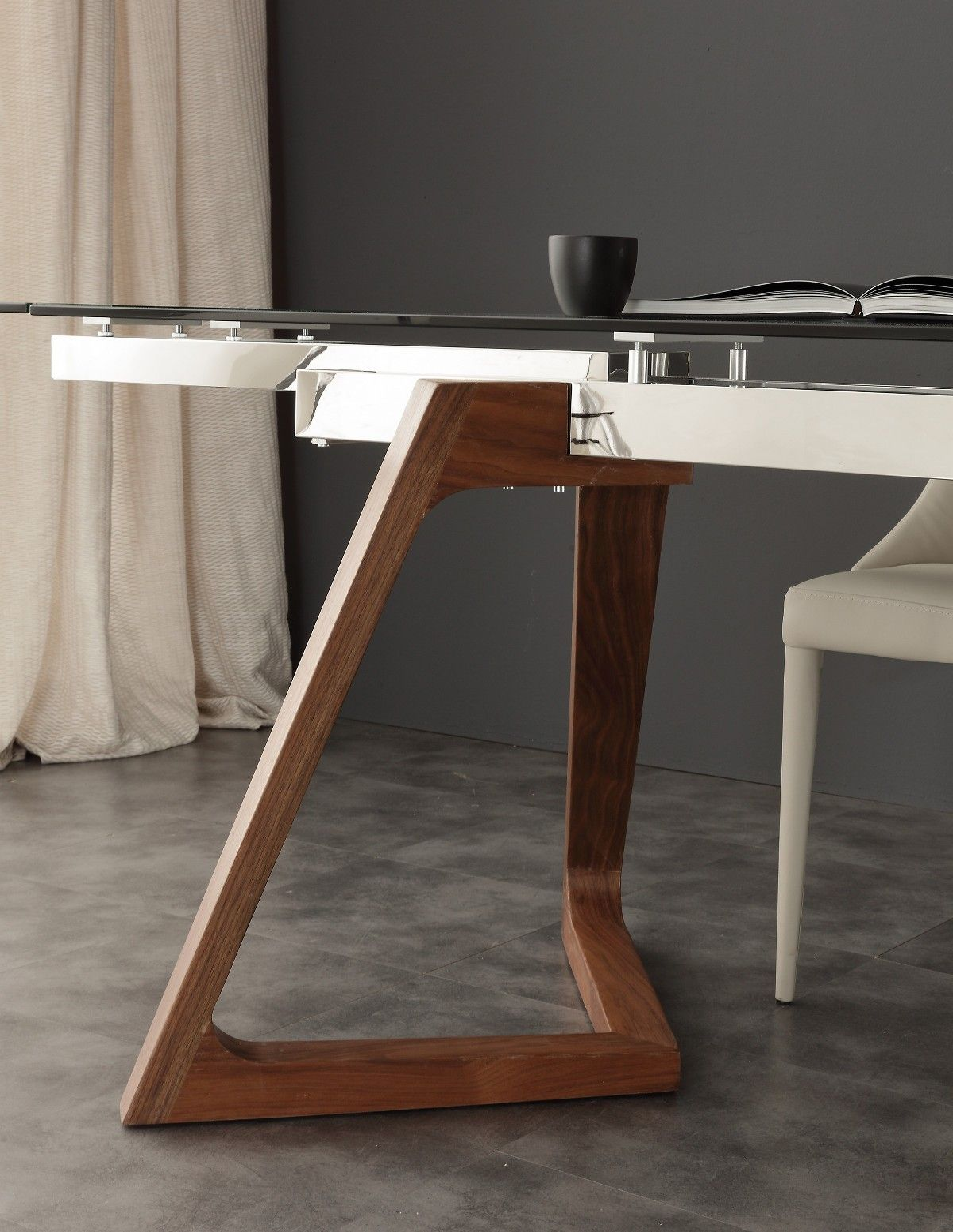 Tavolo allungabile spoleto gambe in noce massello for Piano tavolo vetro