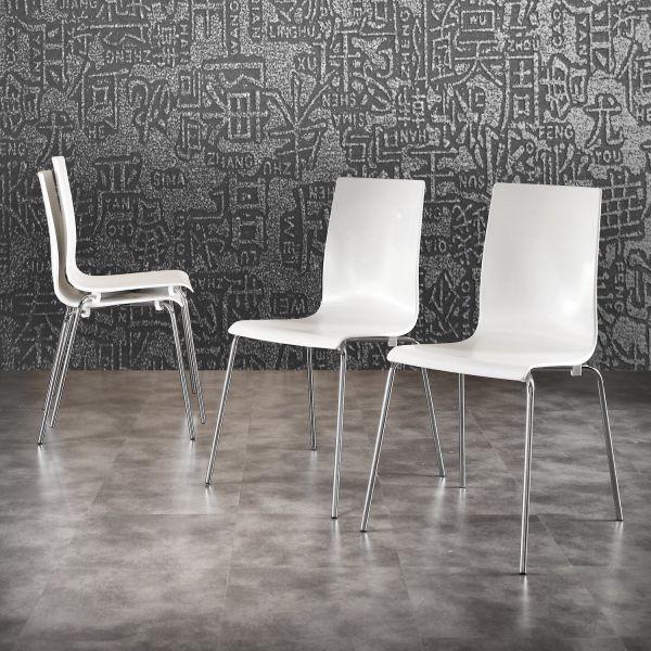 Sedia in polipropilene bianco e metallo cromato Xena