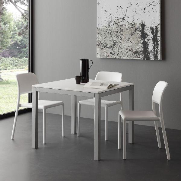 Tavolo quadrato allungabile in metallo e nobilitato Matha