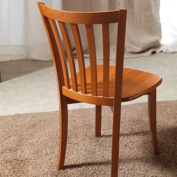 Sedia tradizionale in legno per sala pranzo Carley