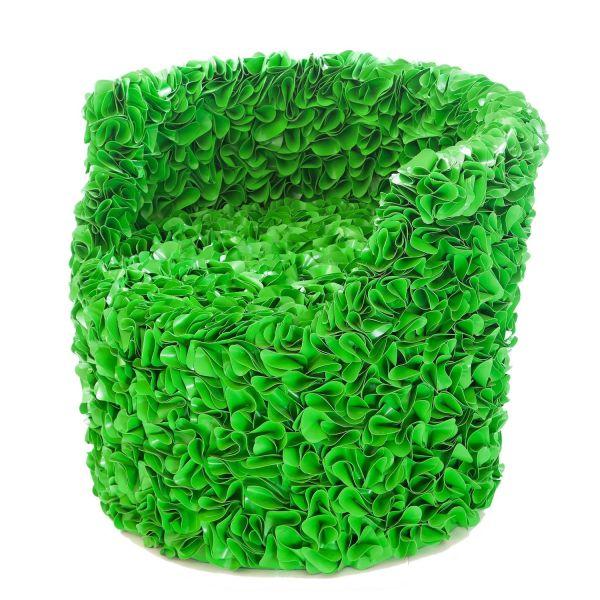 Poltrona per esterni in materiale riciclato Lotus