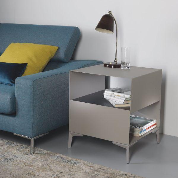 Tavolino comodino design moderno in acciaio Cube
