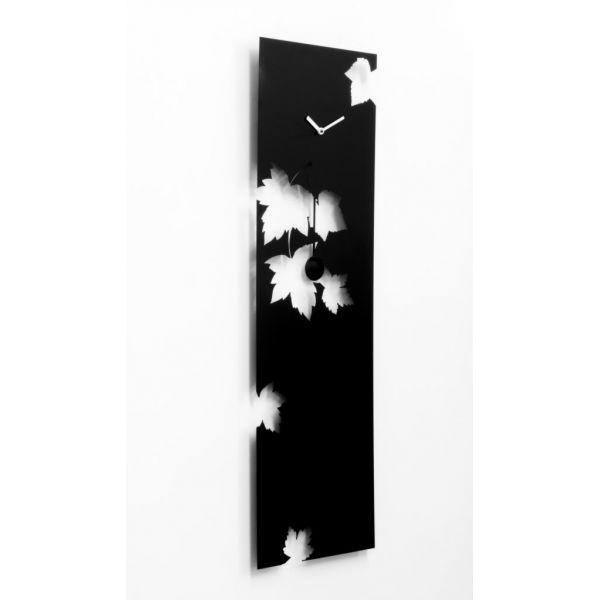 Swing time orologio verticale a muro in legno orologi for Orologi arredamento design