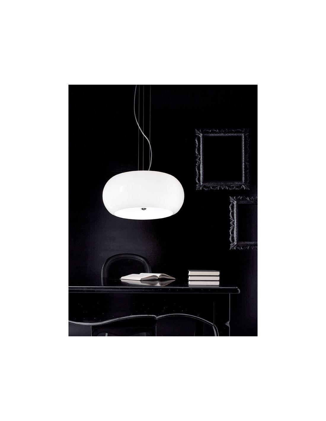Lampadario a sospensione in vetro soffiato bianco lucido - Lampadari da bagno moderni ...
