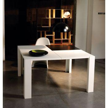 Tavolo da pranzo Skakko moderno in acciaio Bianco Nero o Ruggine