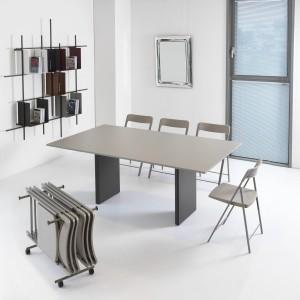 Consolle trasformabile con sedie pieghevoli Proteo