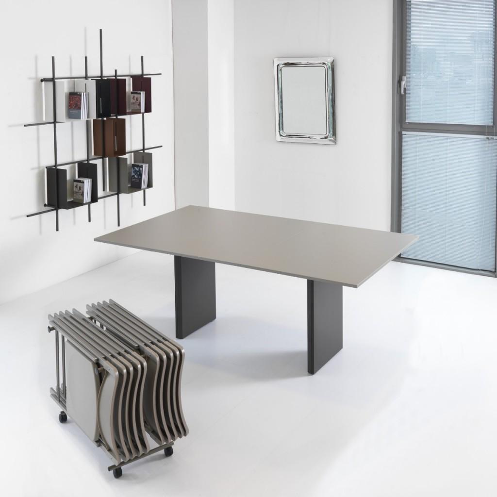 Consolle allungabile con sedie pieghevoli Proteo aperta