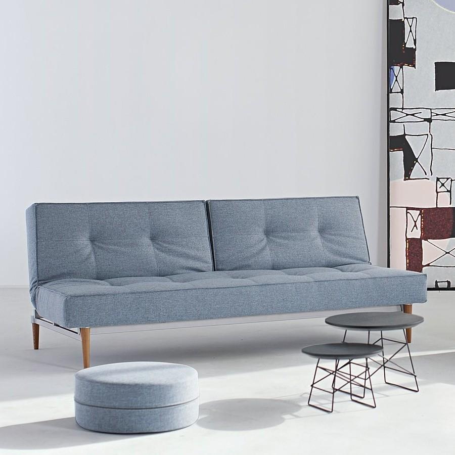 Arredo per monolocali i divani letto dal design moderno for Divani con gambe