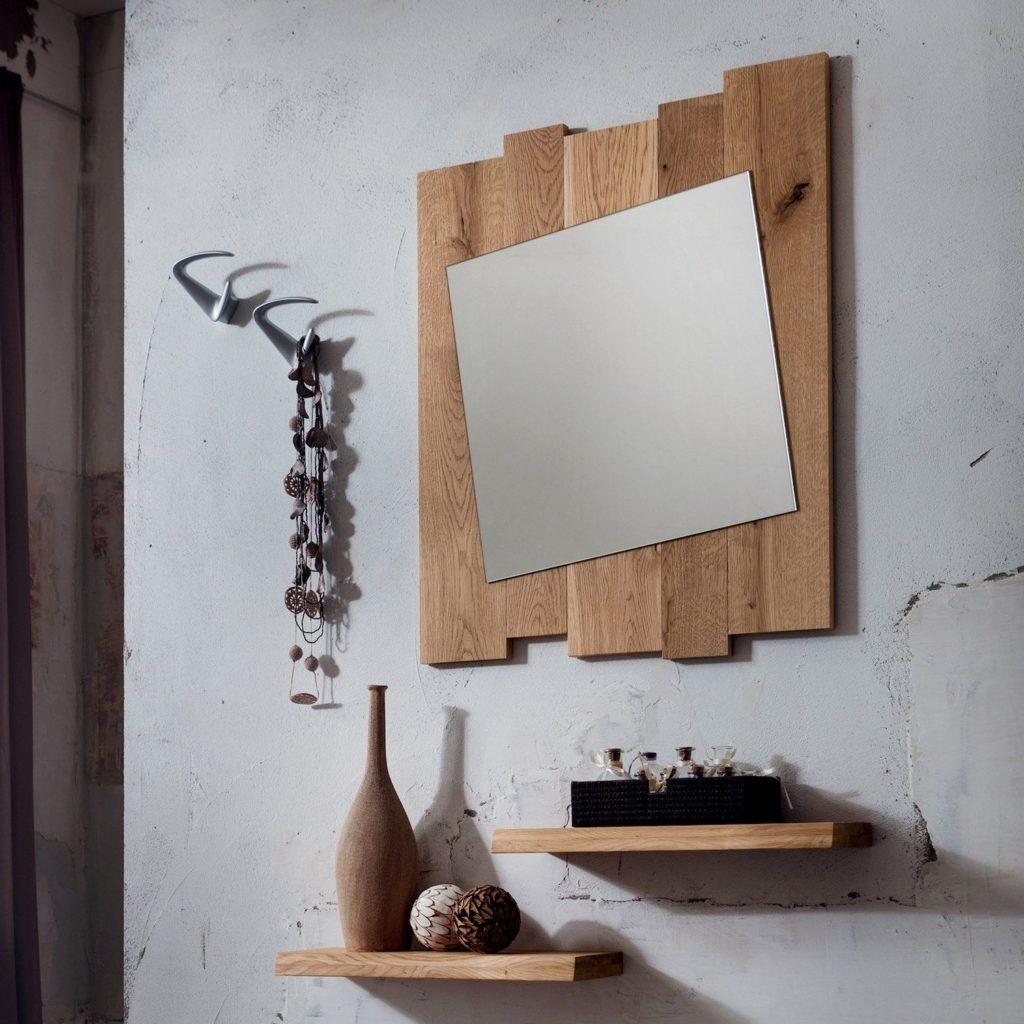 Specchio Mensole e Appendiabiti per arredare un ingresso