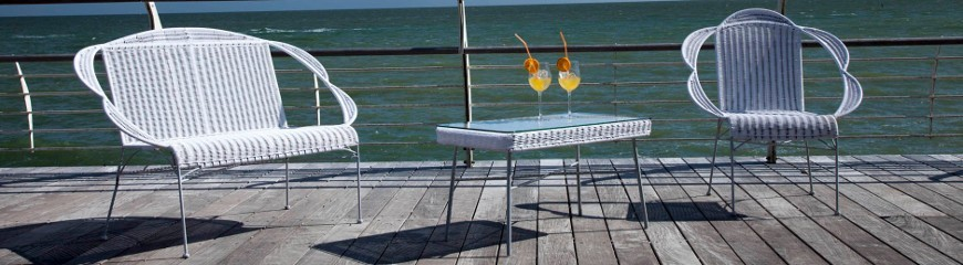 Poltrone per esterno o giardino dal design moderno in plastica o metallo - Poltrone da esterno design ...