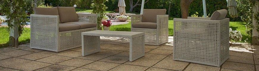 Salotti da giardino arredo da esterno mobili salottini for Arredo giardino design on line