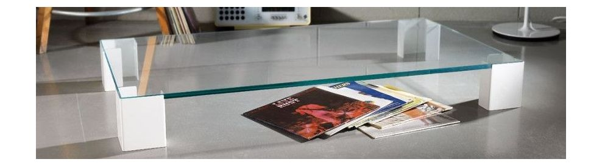 Tavolini da salotto in vetro dal design moderno for Tavolini moderni