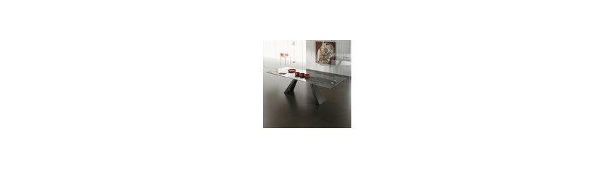 Tavoli design in vetro for Tavoli per sala da pranzo moderni