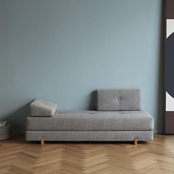 Divano letto convertibile e salvaspazio per uso frequente for Divano letto singolo arredamento